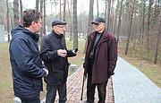 Polscy archeolodzy Andrzej Kola i Meczysław Góra odwiedzili Rezerwat