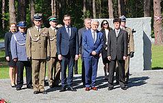 Międzynarodowy Pomnik ofiarom totalitaryzmu lat 1937 - 1941  odwiedziła reprezentatywna delegacja Rzeczypospolitej Polskiej