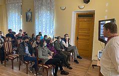 Лекція в Уваровському домі (смт. Ворзель)